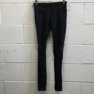Alo yoga black full legging w/ mesh sz xs 62720